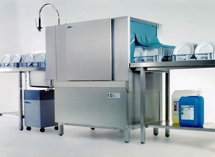 Máy rửa chén công nghiệp - Lựa chọn hoàn hảo trong thời đại 4.0
